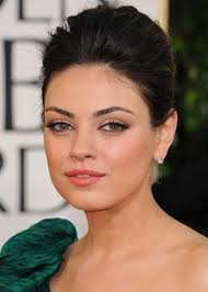 hair styles for no chin 56 fabulous hairstyles for women with round face shape