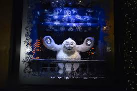 saks fifth avenue lights saks fifth avenue the yeti story holiday window display 2013