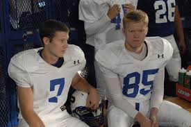 Friday Night Lights Matt Saracen Taking A Look At Season 3 Of U0027friday Night Lights U0027 The Watcher