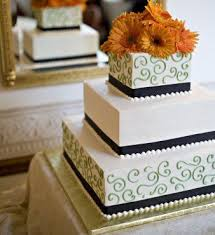 wedding wishes on cake the 25 best gold square shaped wedding cakes ideas on
