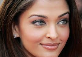 10 nearly all gorgeous attractive eyes of the world trendy mods com