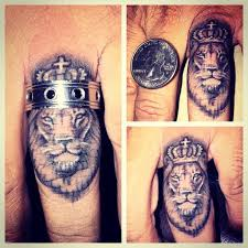 best 25 lion finger tattoos ideas on pinterest lion tattoo on