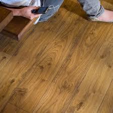 Classic Oak Laminate Flooring Ue1493 Old White Oak Natural Planks Beautiful Laminate Wood