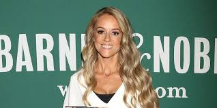 What House Does Nicole Curtis Live In Nicole Curtis Announces Rehab Addict Is Coming Back Rehab Addict