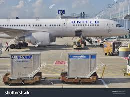 united baggage international chicago il 16 may 2015 baggage stock photo 288017951 shutterstock