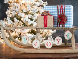 christmas craft rustic wood slice banner hgtv