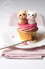 25 best cat cupcakes ideas on pinterest kitty cupcakes love