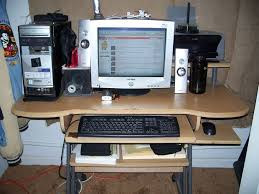 Clean Computer Desk Cleaning Your Room Fast And Easy 9 Steps