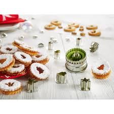 emporte pieces cuisine 8 emporte pièces et 8 décors de fête linzertarte cercles cadres à