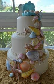 wedding cake gum theme wedding cake iced in butter w handmade gum