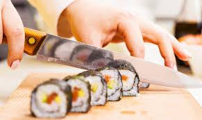 cour de cuisine a domicile cours de cuisine japonaise à lyon le invite1chef