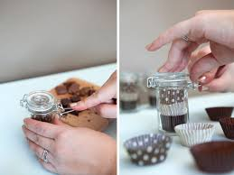 do it yourself wedding favors chocolate tasting favor jars tutorial