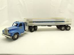 model semi trucks national toy truck u0027n construction show auction 2014