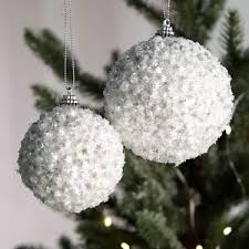 weihnachtskugeln 4 teilig starry styropor weiß glitterkugeln m