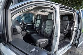 peugeot traveller allure new peugeot traveller 2016 review pictures peugeot traveller