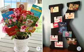 gift card flower pot or gift card wreath winner