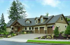 Craftman Home Plans by Charming And Luxurious Craftsman Home Plan 69002am