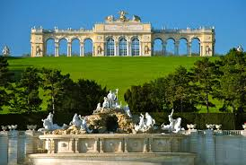 hotel cryston in meidling vienna near schönbrunn palace