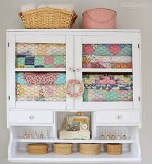 Quilt Storage Cabinets 292 Best Decorating With Quilts Images On Pinterest Quilt