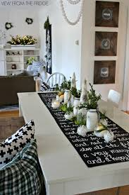 Black And White Dining Room Ideas by 45 Best Christmas Table Settings Decorations And Centerpiece