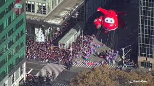 earthcam s time lapse of the 2017 macy s thanksgiving day parade