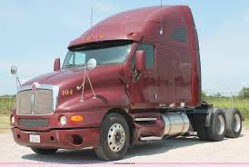 2006 kenworth truck 2006 kenworth t2000 semi truck item h8202 sold july 21