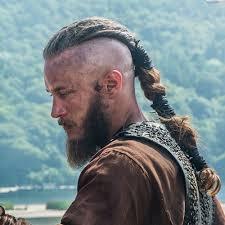 travis fimmel hair vikings lothbrok hairstyle