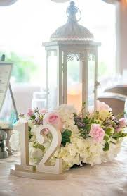 Elegant Centerpieces For Wedding by Best 25 Lantern Wedding Centerpieces Ideas On Pinterest Lantern