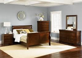 sleigh bed bedroom set sleigh bed 6 piece bedroom set in whiskey finish by liberty