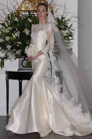 wedding dresses with detachable skirts and features inside weddings