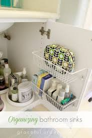 organizing bathroom ideas ways to organize a small bathroom how to organize a small