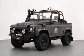 new land rover defender spy shots carscoops land rover defender
