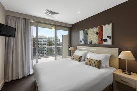 2 Bedroom Accommodation Adelaide Condo Hotel Oaks Plaza Pier Adelaide Australia Booking Com
