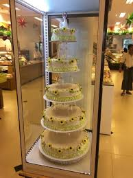 Wedding Cake Display Wedding Cake Display Inside The Bakery Picture Of Shwe Pu Zun