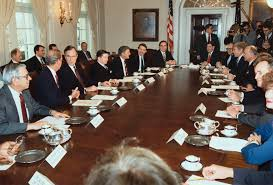 Cabinet President President George Bush And Political Officials In Conference