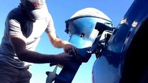 9 5 evinrude sportwin lower unit removal youtube