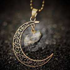 moon necklace images Vintage crescent moon necklace lovepeaceboho jpg