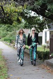 wanderlust girls nyc fashion bloggers u0026 wardrobe