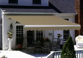 20 Ft Retractable Awning 775 830 3106 Inteior U0026 Exterior Shading Solutions