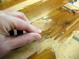 How To Replace A Damaged Piece Of Laminate Flooring The Difference Between Laminate And Wood Veneer Furniture