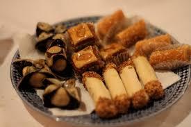 cuisine du maroc file pâtisseries traditionnelles du maroc jpg wikimedia commons