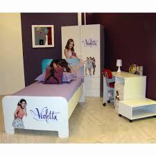 chambre violetta chambre violetta lit armoire et bureau de affaires violetta