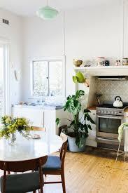 small kitchen arrangement ideas best 25 small kitchen designs ideas on small kitchens