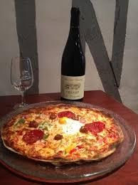 cuisine vin de pizza et vin de chinon picture of la rabelaisienne chinon