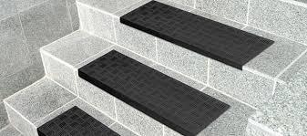 stufenmatten fuer treppe treppen stufenmatten und passende läufer teppiche