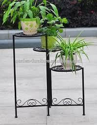 Wrought Iron Garden Decor Handicraft Home Garden Decor Display Shelf Metal Planter Holder
