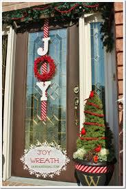 christmas door decorations 39 breathtaking diy christmas door decorations in 2015