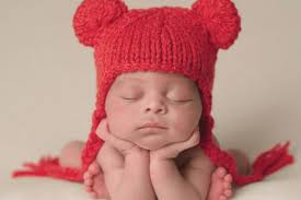 volunteers needed to knit tiny hats for babies