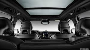 2018 Xc60 2018 Volvo Xc60 R Design Panoramic Roof Hd Wallpaper 10