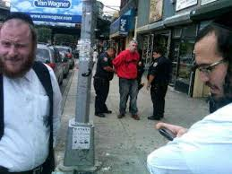 shtreimel for sale williamsburg ny thief busted selling shtreimel with owner s